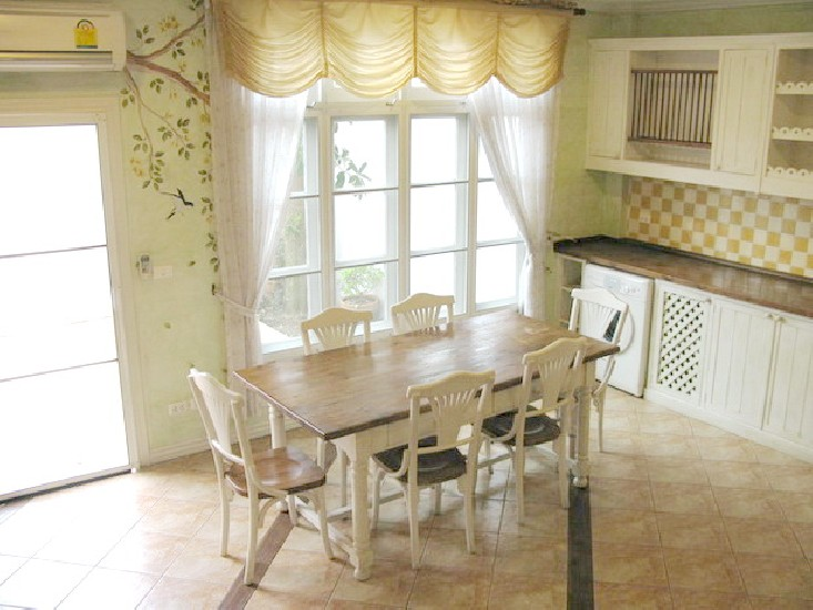 House for rent at Fantasia Villa Sukhumvit soi 107 (soi Baring)