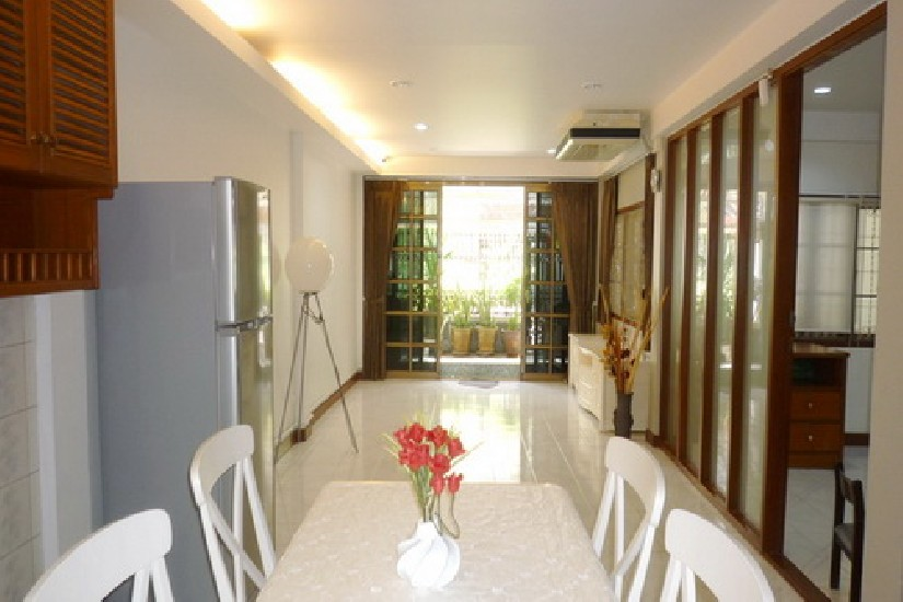 Townhouse for rent on Sukhumvit soi 36