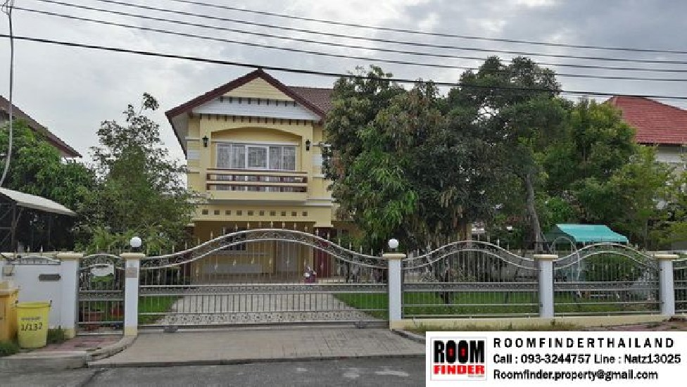 FOR RENT (สำหรับเช่า) Floraville Chaloemprakiat 22 / 4 beds 4 baths 1 Maid / 117 Sqw.**60,