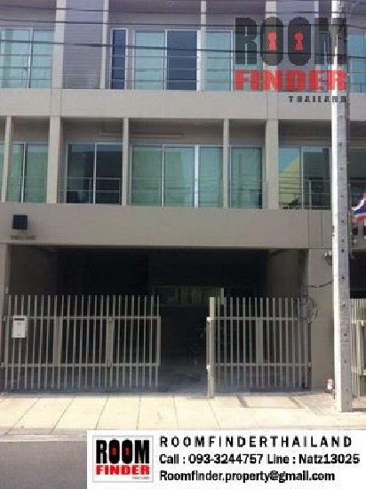FOR RENT (สำหรับเช่า) Noble Cube Pattanakarn / 3 beds 3 baths / 25 Sqw.**42,000** Fully Fu