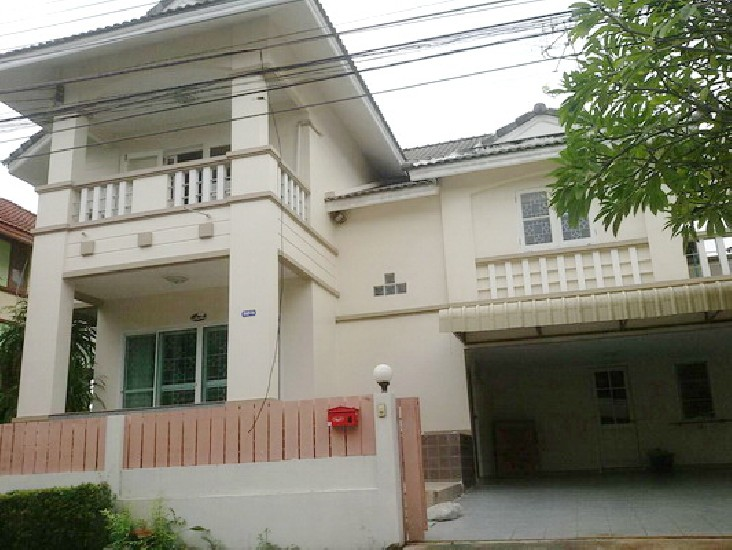 FOR RENT (สำหรับเช่า) Lalil Greenville Ladkrabang 14-1 / 4 beds 3 baths / 52 Sqw.**21,000*