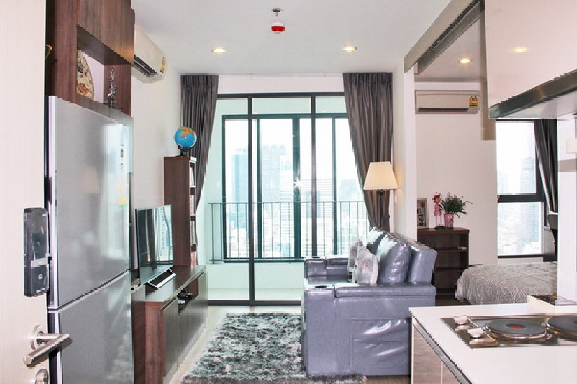 FOR RENT (สำหรับเช่า) IDEO Q Chula-Samyan / 1 bed / 35 Sqm.**26,000** Fully Furnished. New