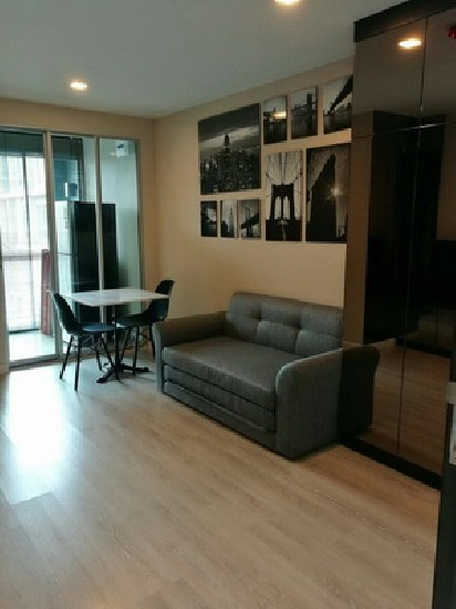 FOR RENT (สำหรับเช่า) METRO LUXE RAMA 4 / 1 bed / 34 Sqm.**20,000** Fully Furnished. Pool