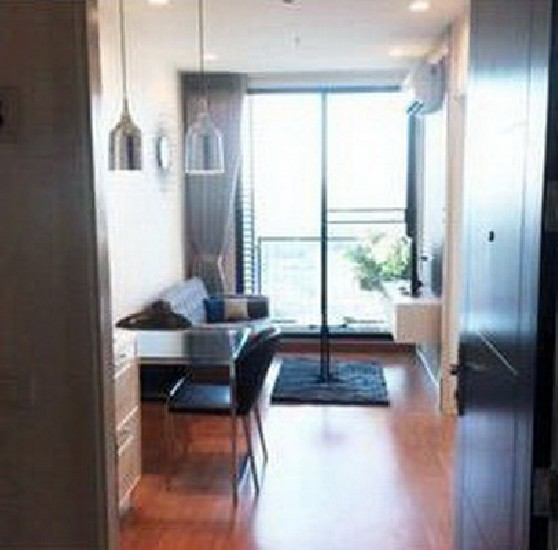 (เช่า) FOR RENT Q HOUSE SUKHUMVIT 79 / 1 bed / 31 Sqm.**21,000** Modern Decorated. High Fl