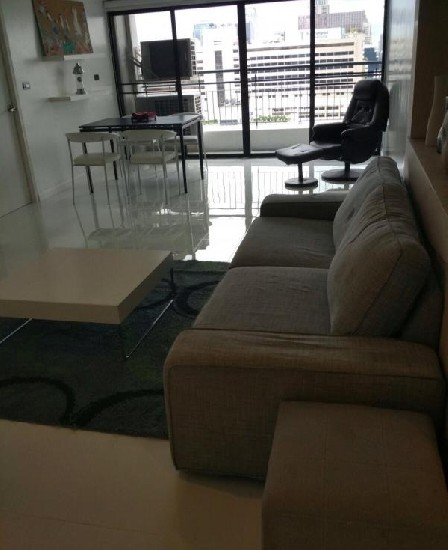 BLP20383 Newly renovated On BTS Nana 2.5 Beds Apartment for Rent