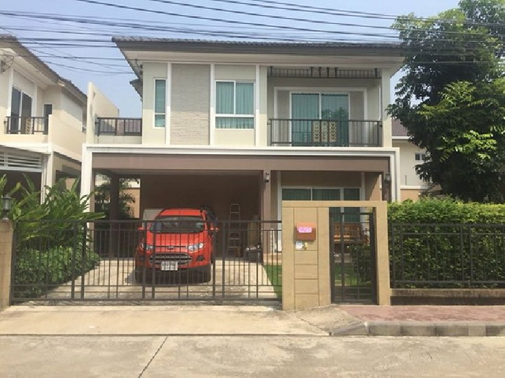(เช่า) FOR RENT PASSORN PATTANAKARN 38 / 3 beds 3 baths / 50 Sqw.**50,000** Fully Furnishe
