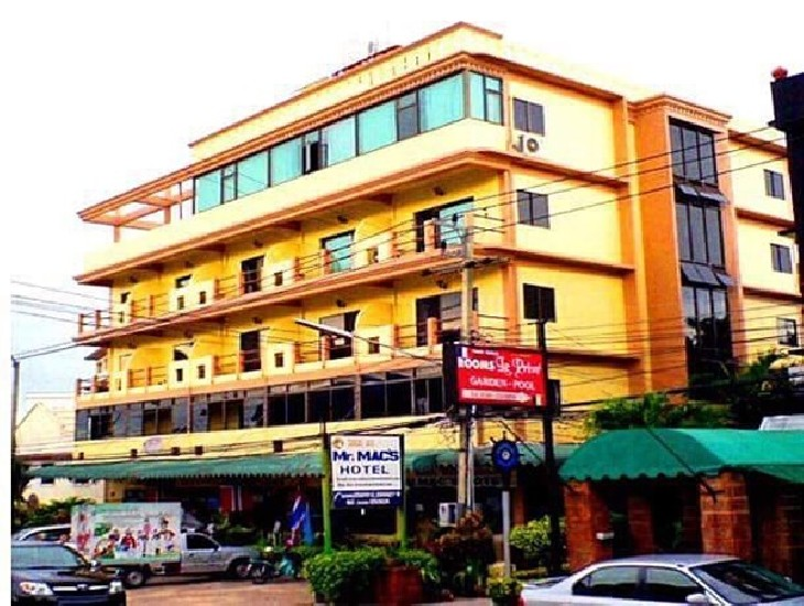 Coffee shop/Thai-Europe restaurant for rent on 1st fL of Mr.Mac s Hotel..