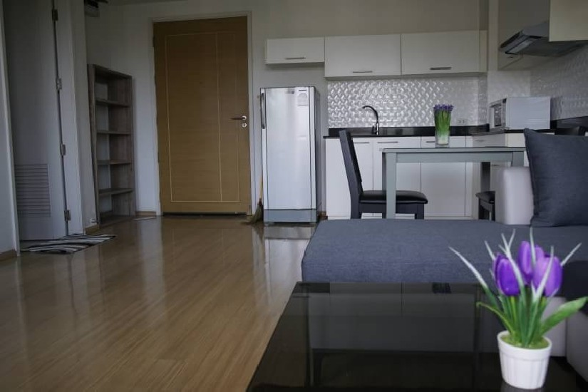 C1188769OS 1-1BR 52Sqm Urban condo 2 road soi 15 Pattaya   1 bed  52 sqm  Mid floors  Buil