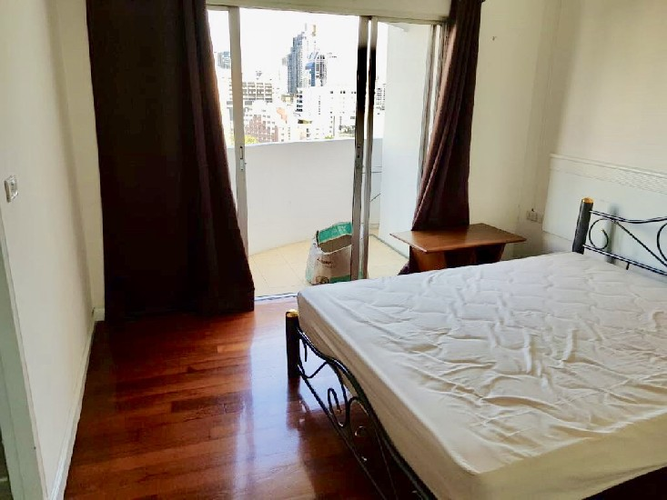 For rent at Wittayu Complex 2-2BRS 86Sqm 6 to a 1 year contract available