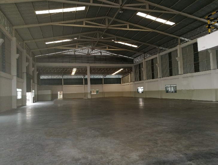 Warehouse or Factory with Office for RENT Purple zone 2000sq.m  - Located at Phraeksa road