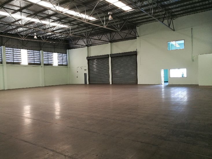 Warehouse Factory Office for rent Kingkaew 1.01 rai Production area: 600sq.m   - Located a