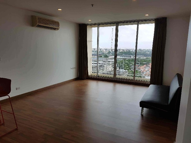 For rent 3-2BRS 105Sqm apartment at Rama 3   Near B