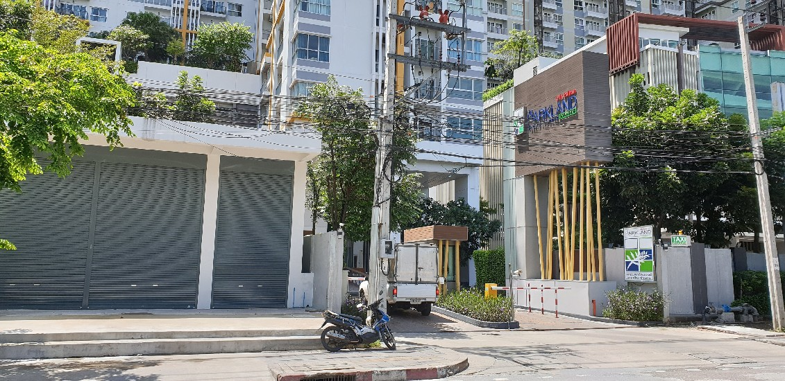 Building B The Parkland Taksin-Thapra is Now Available For Rent