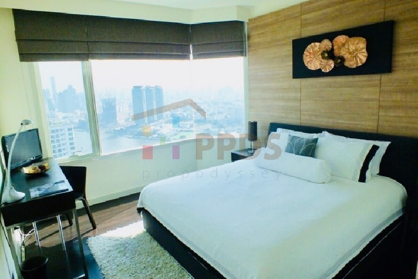 4 bedrooms with incredible River and City View at WATERMARK CHAOPHRAYA RIVER