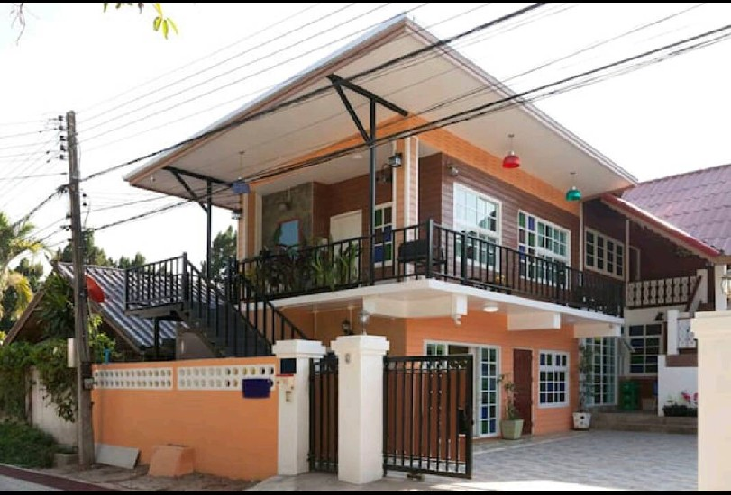 HOMESTAY  FOR  SALE / RENT