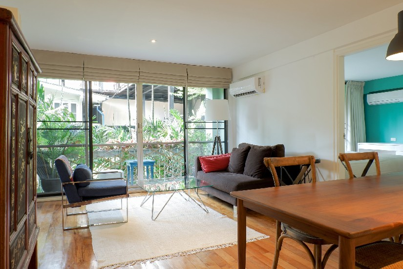 Fully furnished and decorated 2-bedroom condo for rent and sale at Raintree
