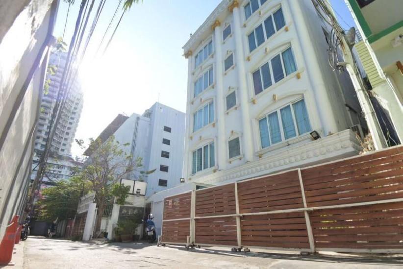 BR052 ให้เช่าอพาร์ทเม้นท์ 6 ชั้น ซอยสีลม 3 ตกแต่งสวยหรูทุกห้อง ภายในสะอาด พร้อมทำธุรกิจ