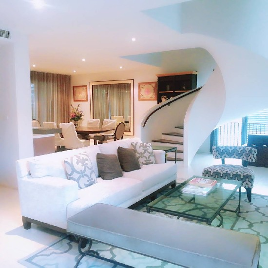 For Rent and Sale Middle Sathorn 3 bedrooms with private pool pet friendly