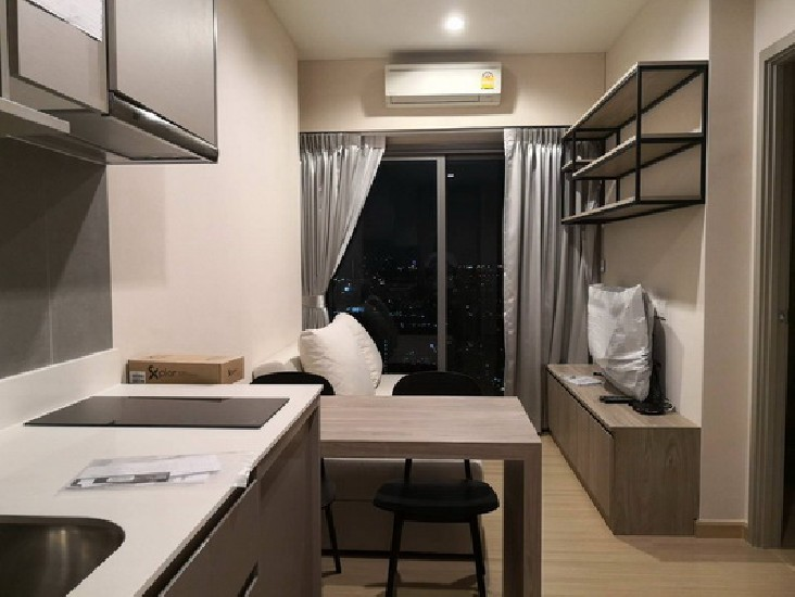 (เช่า) FOR RENT WHIZDOM CONNECT SUKHUMVIT / 1 bedroom / 30 Sqm.**17,000** Fully Furnished.