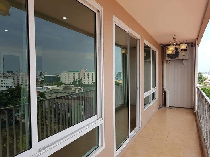 Urgent Pet-Free condo sale & rental 67.67Sqqm 1-1BR The Happy Condo 101 Soi Ladprao 101