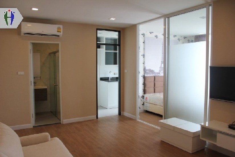 Condo for Rent at 2 Bedrooms Central Pattaya with Washig Machine..