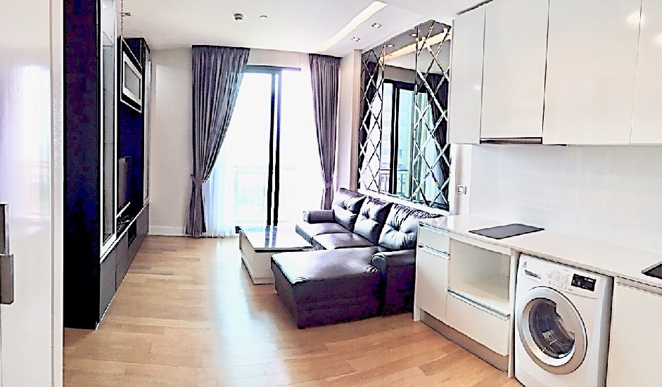 Equinox Phahol-Vibha 2 bed 2 bath 63 Sqm Panoramic Garden View